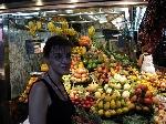 Barcelona_piata_de_fructe _ http://laurapoanta.ro/Poze/carti/Barcelona_piata_de_fructe.JPG